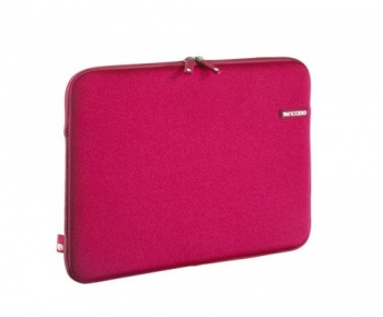 "Incase Neoprene Sleeve for MacBook 13""-Raspberry"